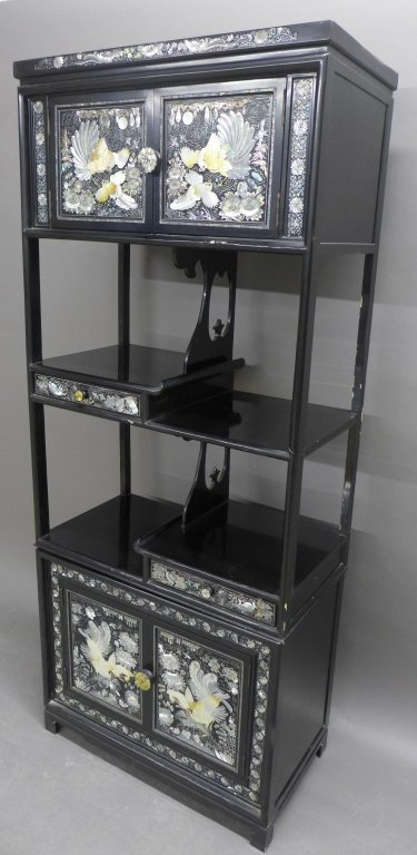Korean Black Lacquer and Mother of Pearl Cabinet - 3