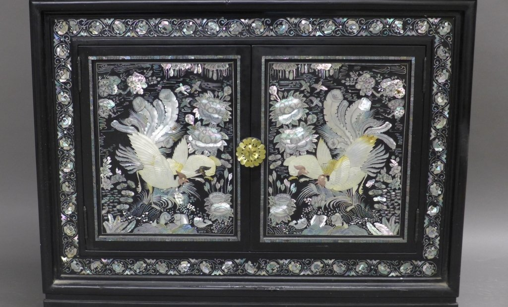 Korean Black Lacquer and Mother of Pearl Cabinet - 5