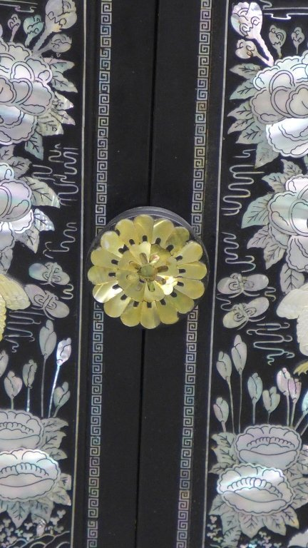 Korean Black Lacquer and Mother of Pearl Cabinet - 8