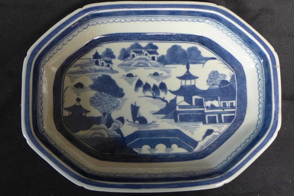Chinese Blue & White Porcelain Open Vegetable Dish