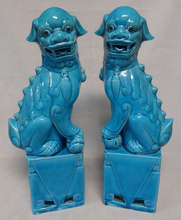 Chinese Turquoise Blue Porcelain Foo Lions/ Dogs