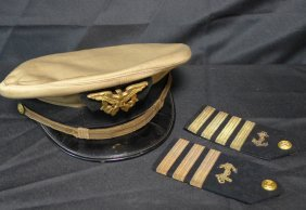 Us Military Hat & Pair Of Shoulder Titles