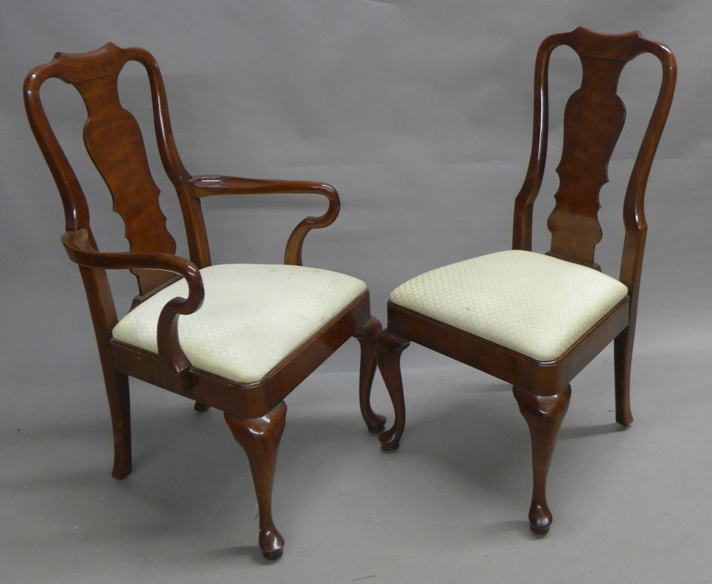 Henredon Dining Table and Chairs - 6