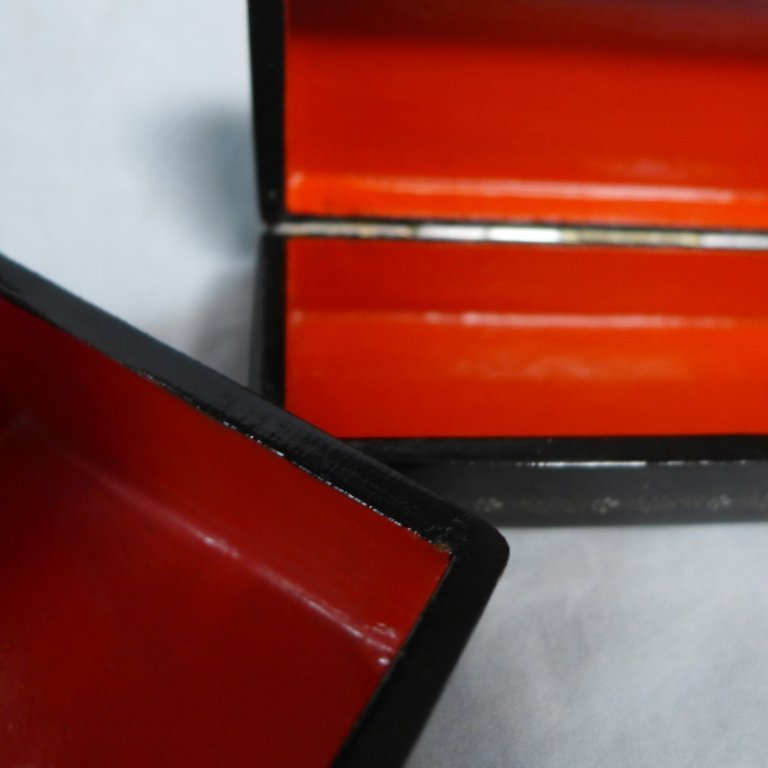 Two Russian Lacquer Boxes - 10