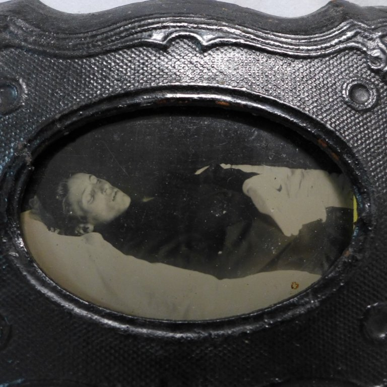 Collection of Postmortem Daguerreotypes/Ambrotypes - 3