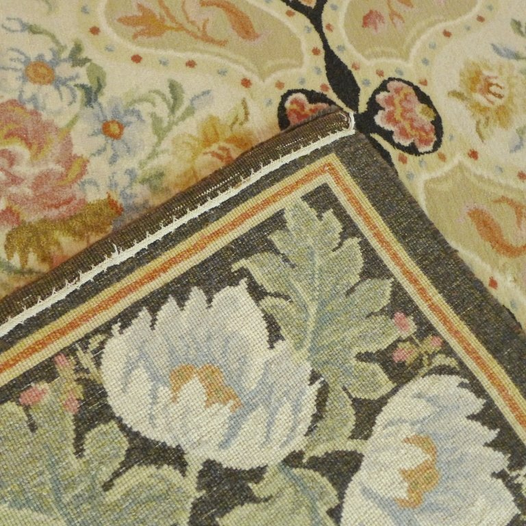 Beautiful Large Floral Carpet - 7