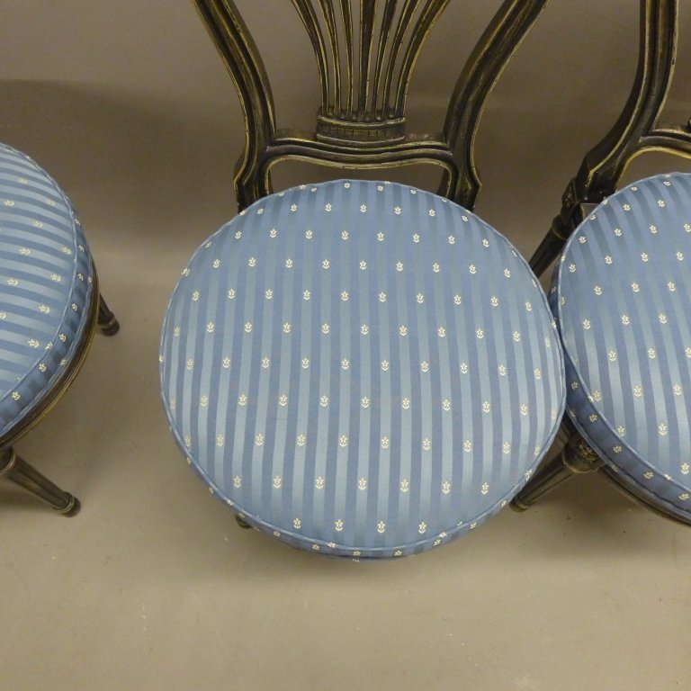 Set of Balloon Form Dining Chairs - 4