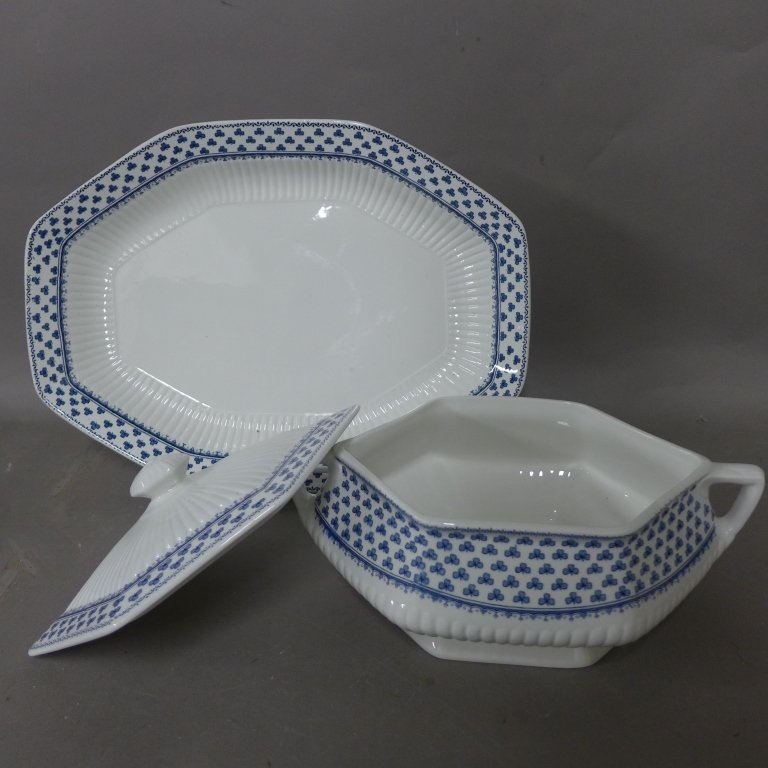 Brentwood Empress Blue Clover Rib White Fine China - 6