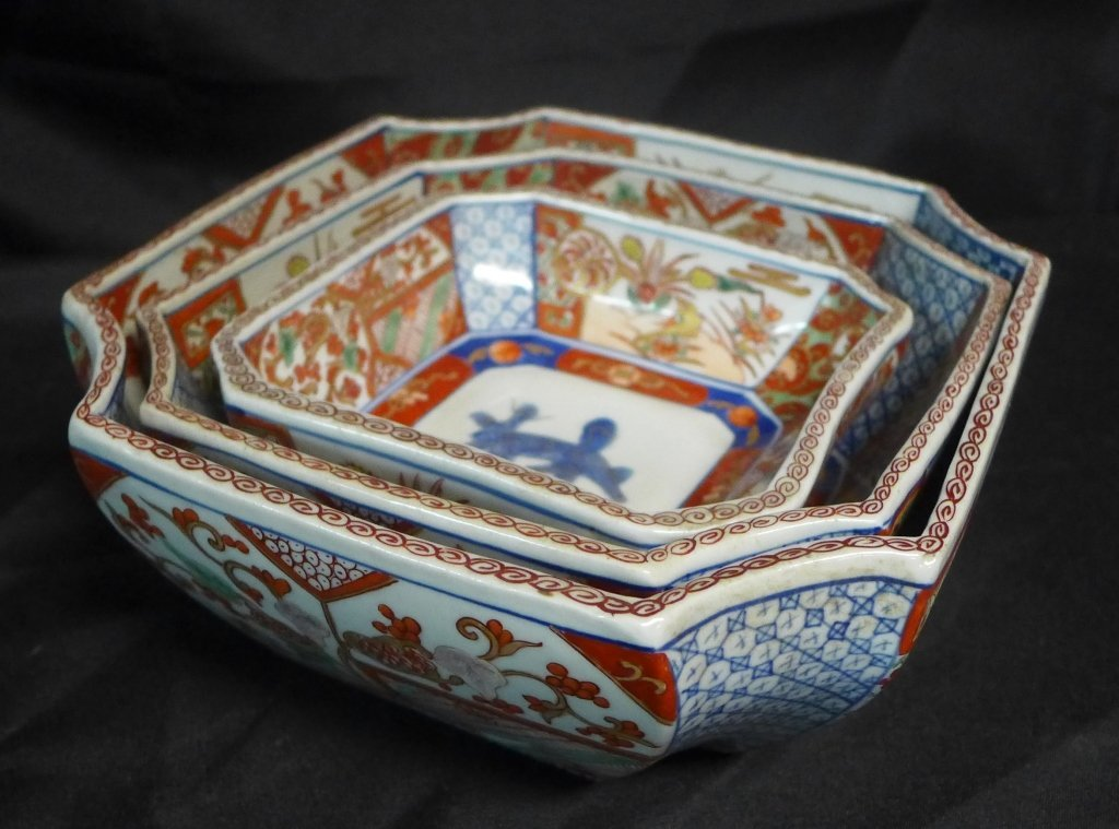 Imari Porcelain Nesting Bowls - 2