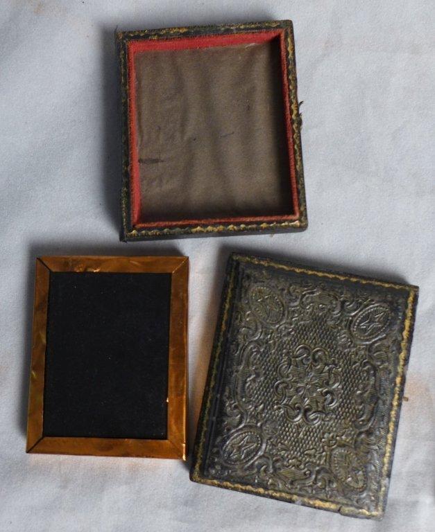 Cased Victorian Ambrotypes / Daguerreotypes of Men - 5