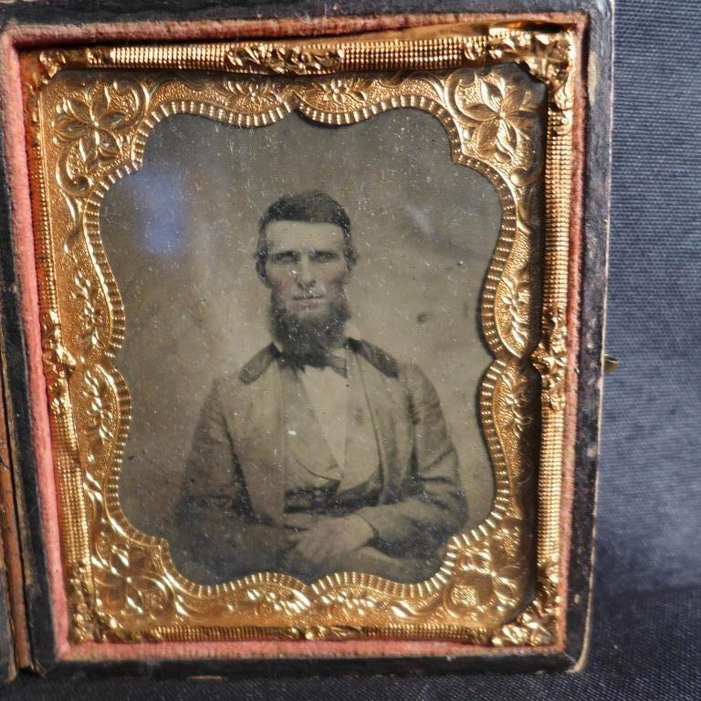 Cased Victorian Ambrotypes / Daguerreotypes of Men - 8