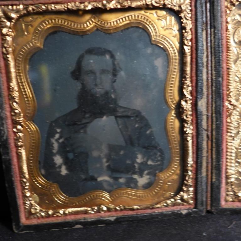 Cased Victorian Ambrotypes / Daguerreotypes of Men - 9