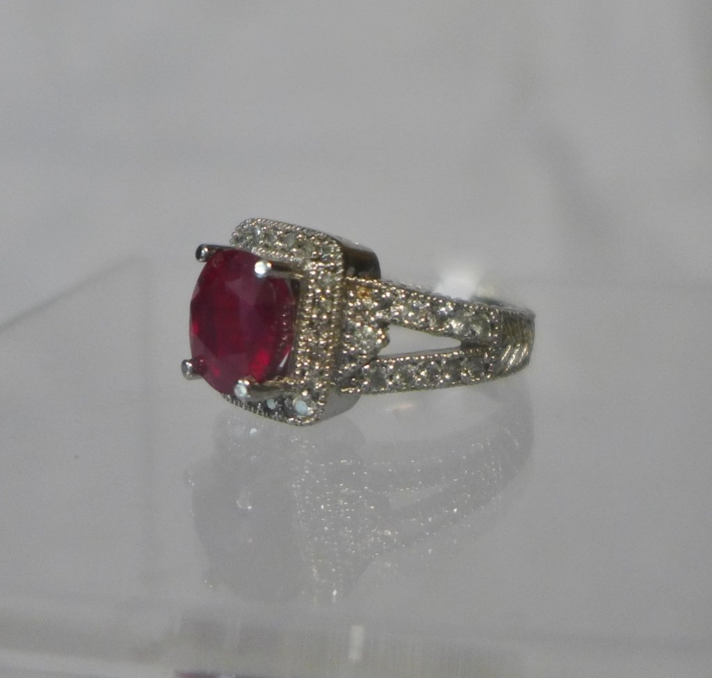 Diamond & Ruby Solitaire Ring - 2