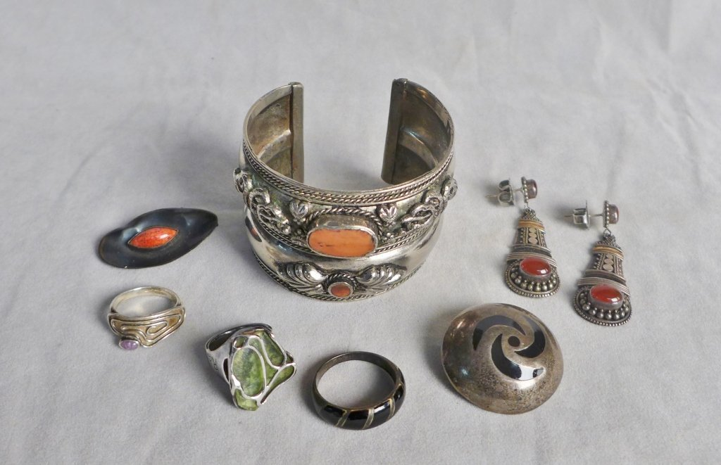 Sterling Silver Southwest Jewelry Assortment - 10