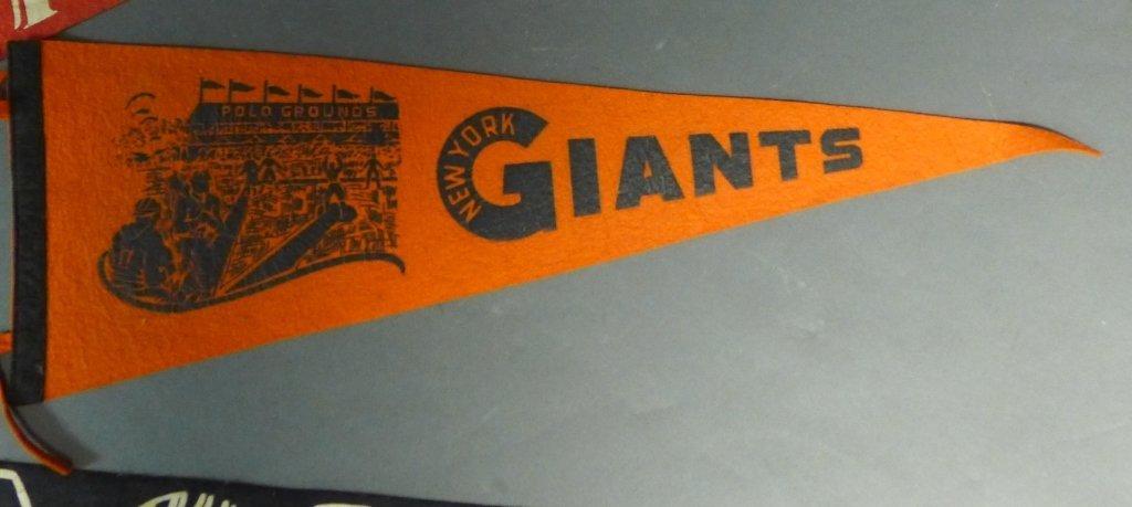 National League Vintage Baseball Pennant Flags - 4