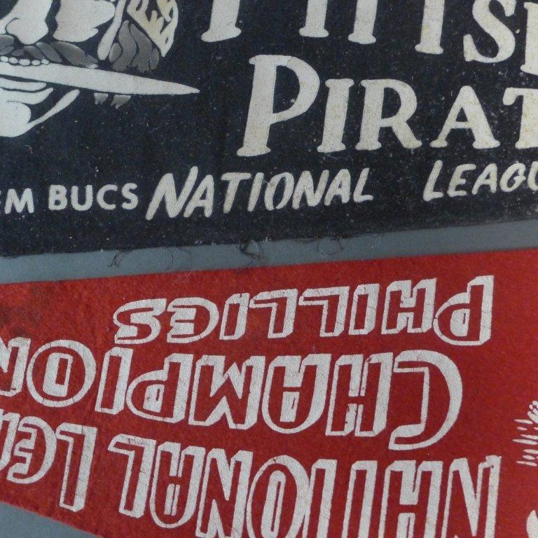 National League Vintage Baseball Pennant Flags - 7
