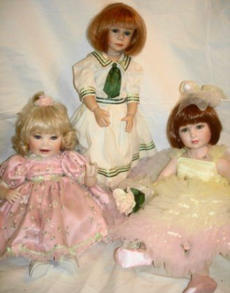 16: 3 pc Porcelain dolls
