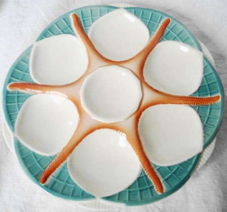 1021: Majolica Oyster Plates (6) Sarreggemines