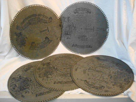"""1003: Coll. of 8 Perforated Regina discs, 15 1/2"""""""