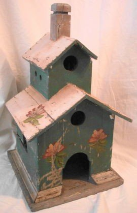 1005: Vintage Country Birdhouse