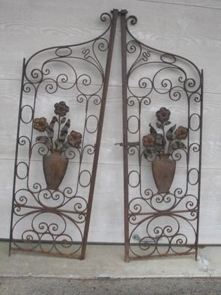 1003: Iron Gates with Floral Design ca 1920
