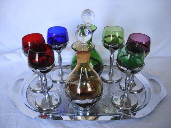 1005: Farber Bros Cambridge Glass & Chrome Set