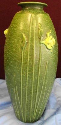 1017: Ephraim Pottery Blossoming Daffodil Vase # 604