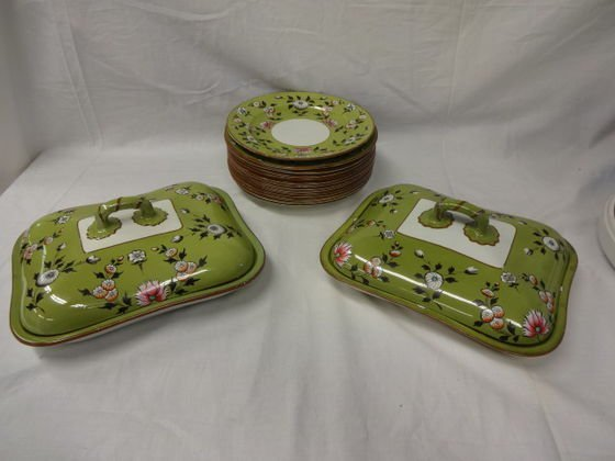1014: 19th C Spode Pea Green Ground Part Service