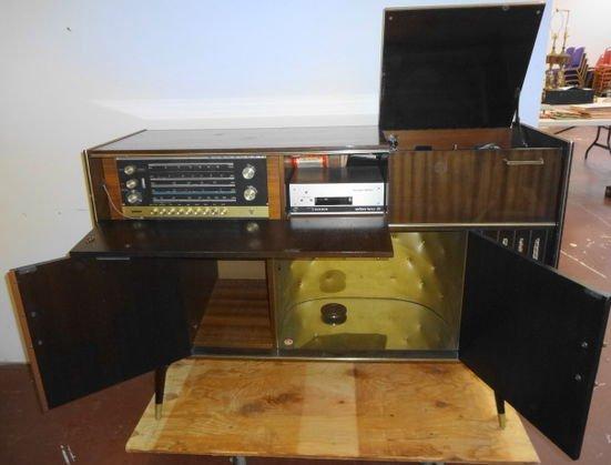 Mid Century Blaupunkt Venezia Stereo Console/Bar - 2