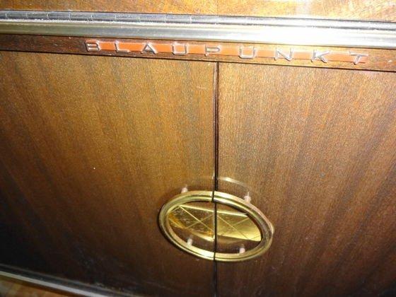 Mid Century Blaupunkt Venezia Stereo Console/Bar - 3