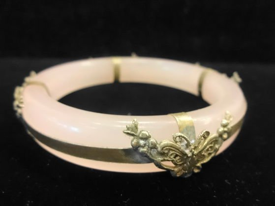 Pink Jade Bangle with Stylized Butterfly Decoration