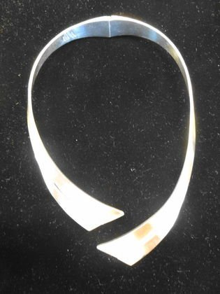 Mexican 850 Silver Modern Hinged Collar Necklace