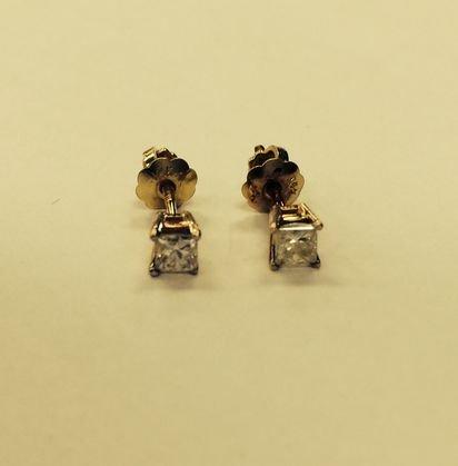 14 K. Gold & Diamond Stud Earrings