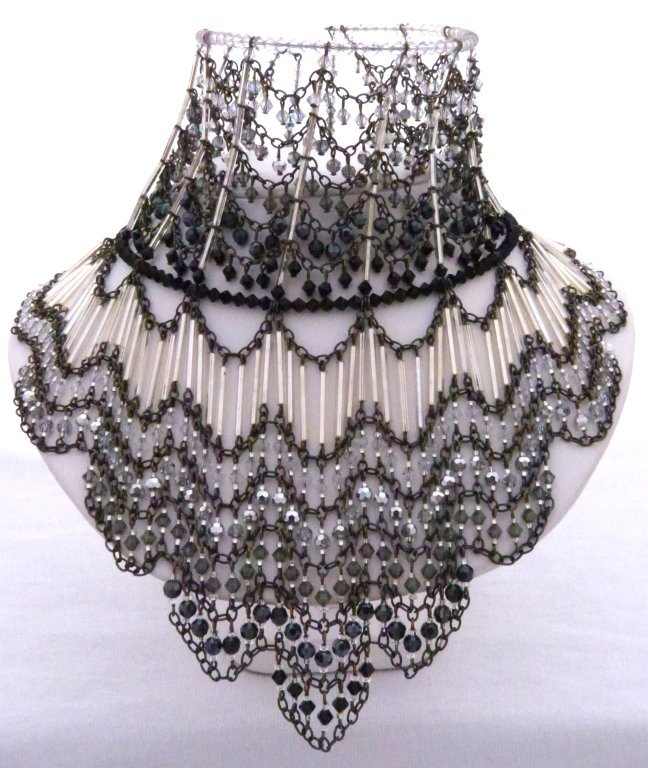 22: Choker Necklace Erickson Beamon