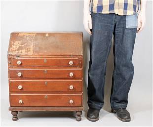 The Leffingwell Family Child's Cherrywood Desk