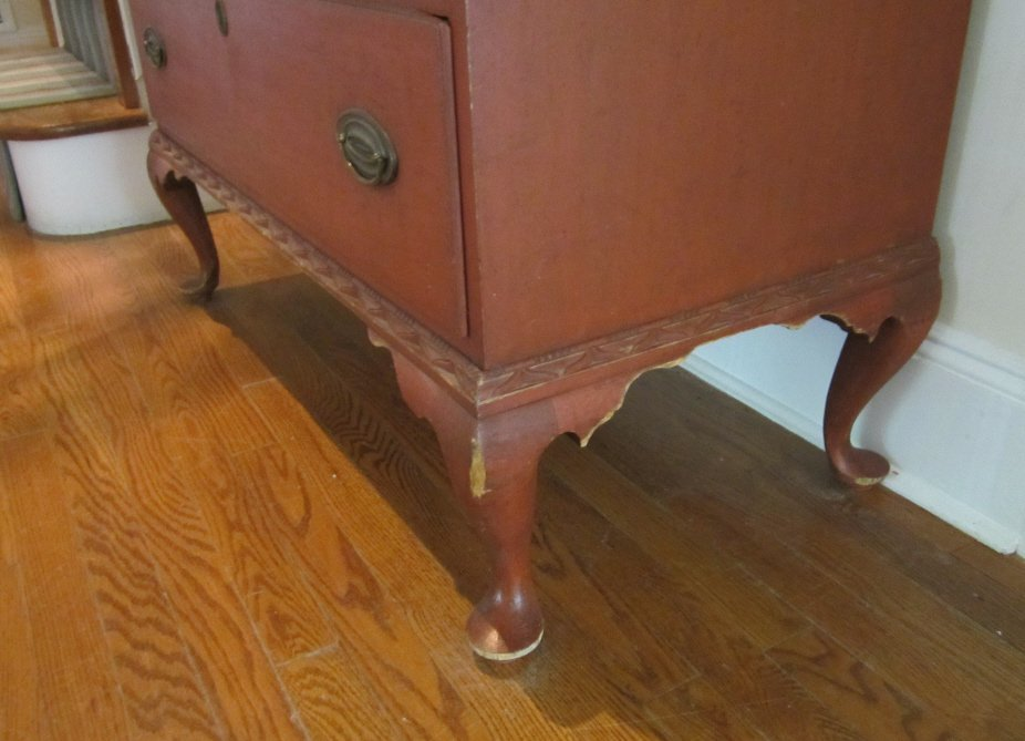 122: Queen Anne Salmon-Painted Maple Chest of Drawers - 6