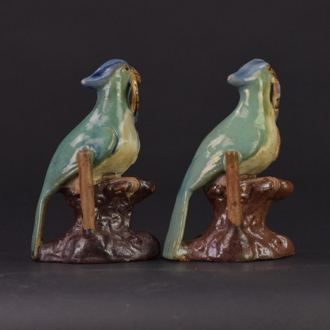 Late Qing/Republic-A Pair of Shiwan Parrots - 4
