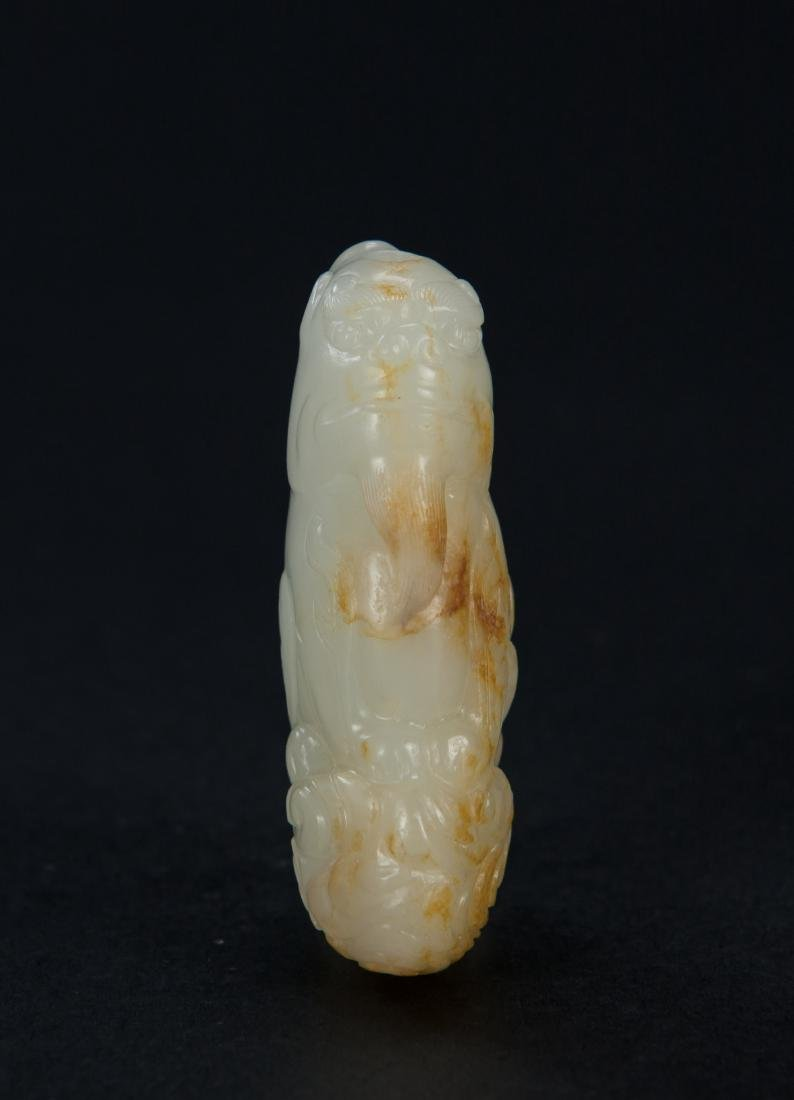 Qing - A Russet White Jade Carved Lion - 3
