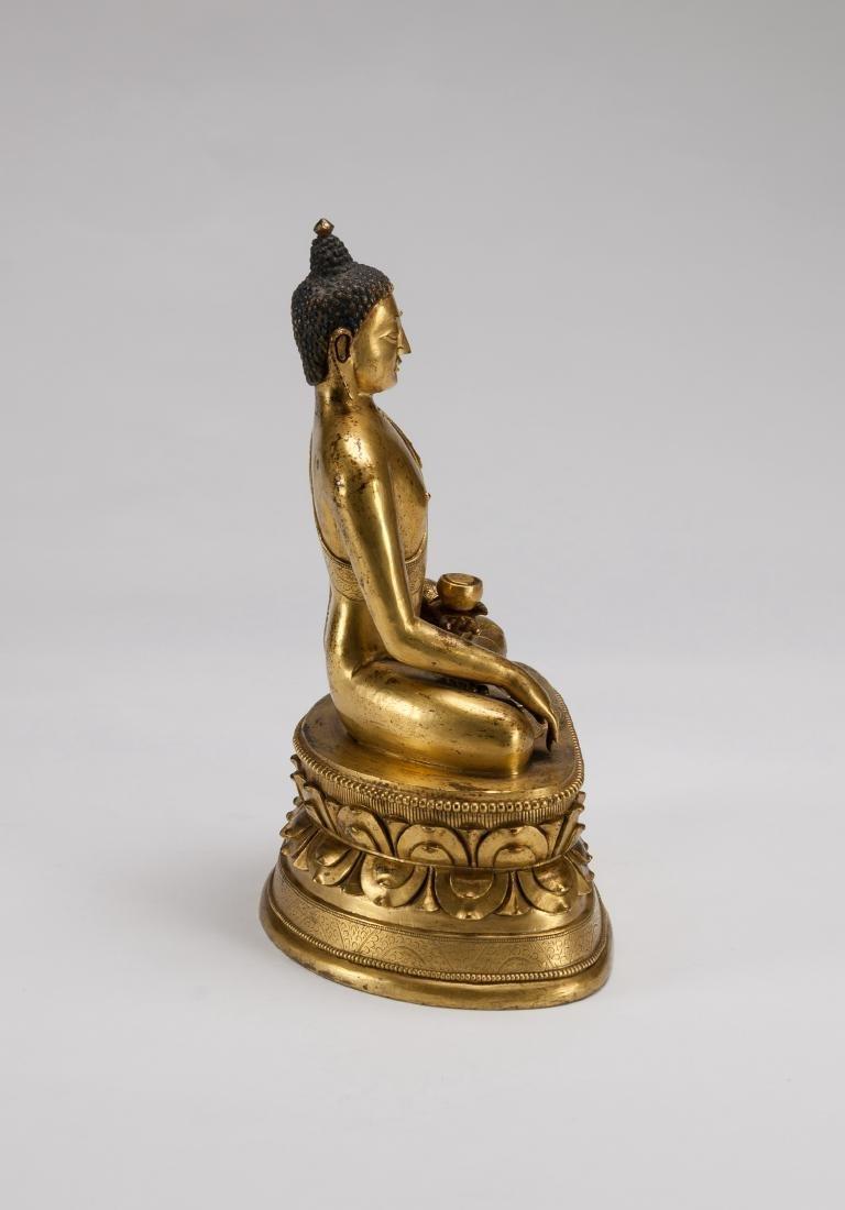 Mongolia A Gilt-Bronze Figure Of Sakyamuni - 3