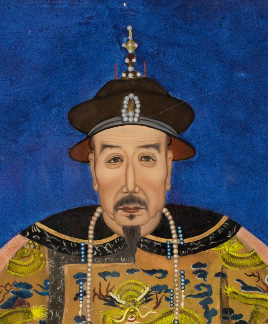 A Pair Of Reverse Glass Painting Of Emperor Qianlong - 2