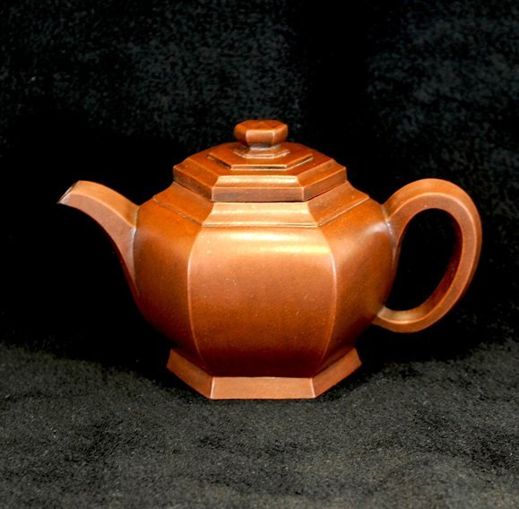3001:Ma Jianfen,Teapot in hexagonal style