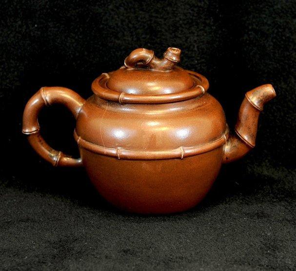 3005: Shao Juhua ,Teapot in Bamboo style