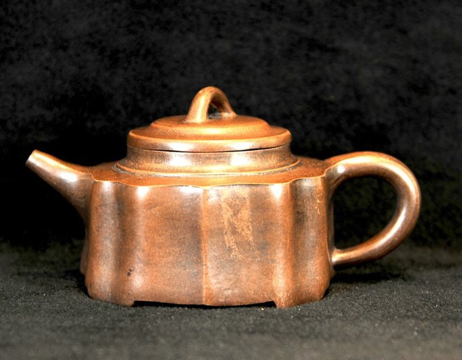 3010:Tang Xide,Teapot in ancient style