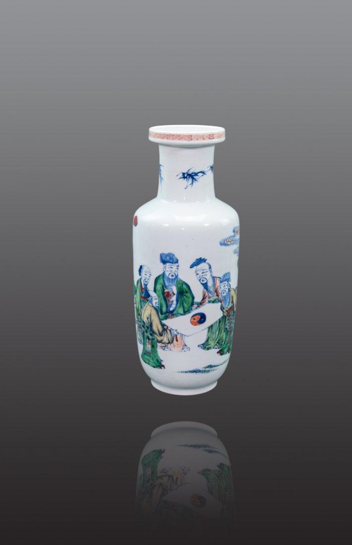Qing - A doucai 'Dao's' rouleau vase