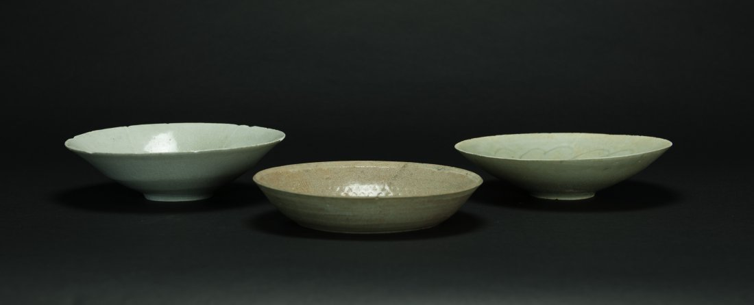 Song - A Group Of Three Chinese  Celadon-Glazed Bowls