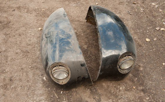 7023: Pair of 1940 Ford Front Fenders