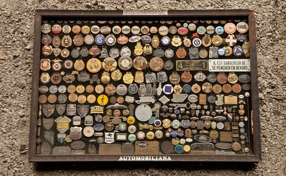 7114:  Assorted Badges, Emblems, and Pins