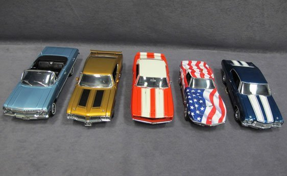 337N: Five (5) 1/24 Scale Franklin Mint Cars