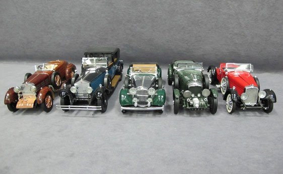 338N: Five (5) 1/24 Scale Franklin Mint Cars