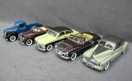 345N: Five (5) 1/24 Scale Danbury Mint Cars